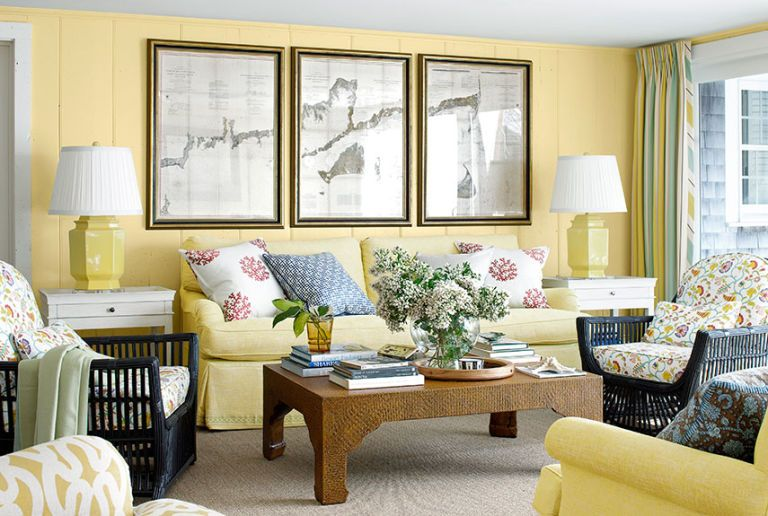 Martha MacCallum house: living room