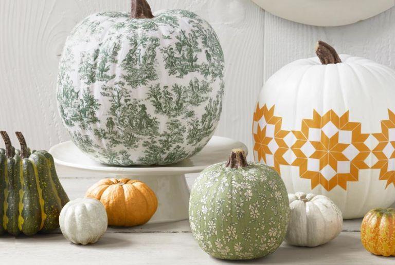 How to Decoupage a Pumpkin , Halloween Decorating Ideas
