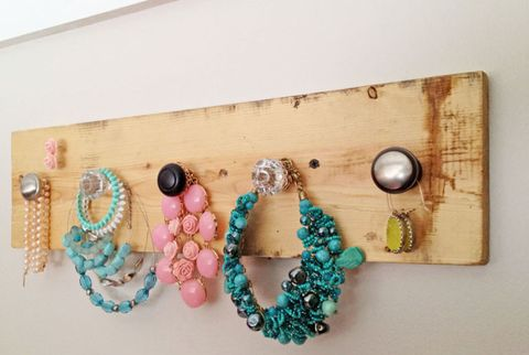 ana white diy jewelry organizer