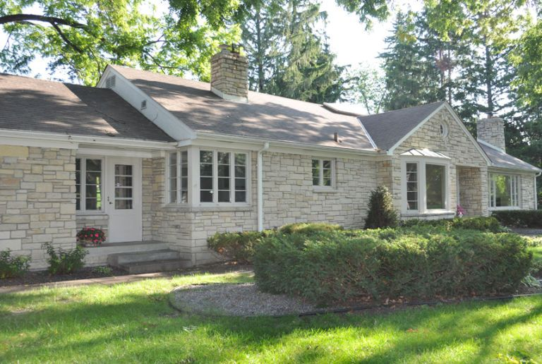 Porch home exterior makeover before and after home for Home exterior makeover app