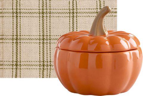 Orange, Vegetable, Produce, Amber, Peach, Mesh, Beige, Squash, Natural foods, Pumpkin,