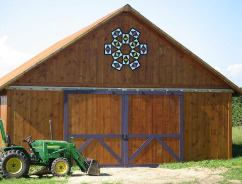 barn decoration