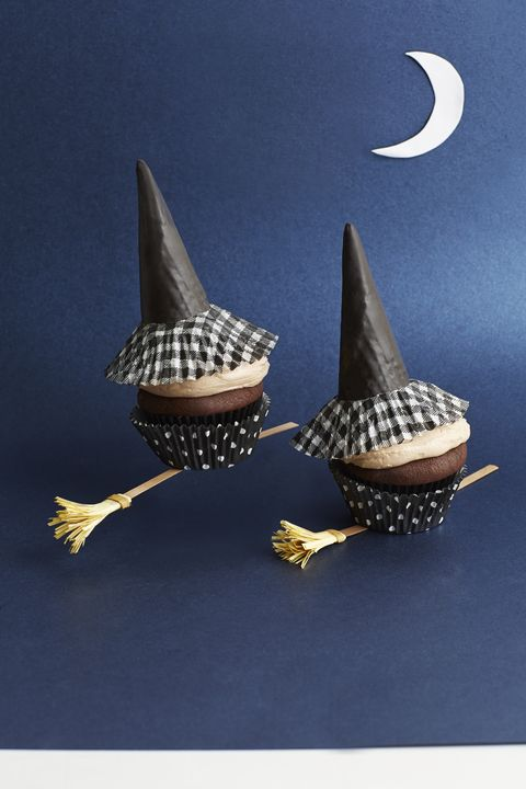 chocolate pumpkin witch cupcakes