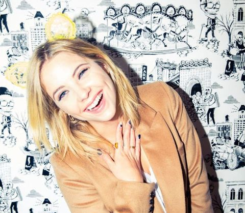 Hairstyle, Happy, Facial expression, Style, Blazer, Tooth, Blond, Street fashion, Layered hair, Long hair,