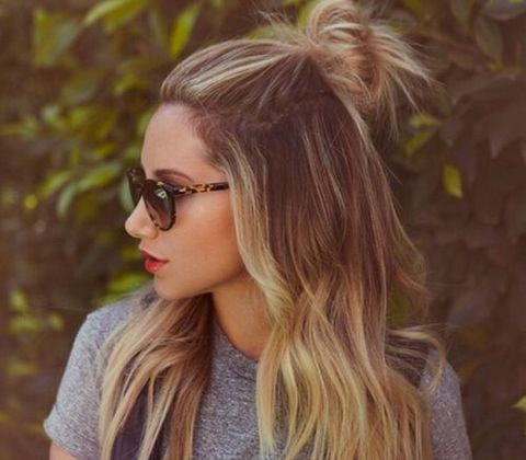 Clothing, Eyewear, Hair, Glasses, Vision care, Lip, Hairstyle, Sunglasses, Mammal, Style,