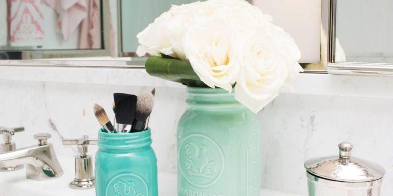 11 geniale tips om je badkamer opgeruimd te houden