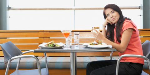 geirriteerde vrouw restaurant