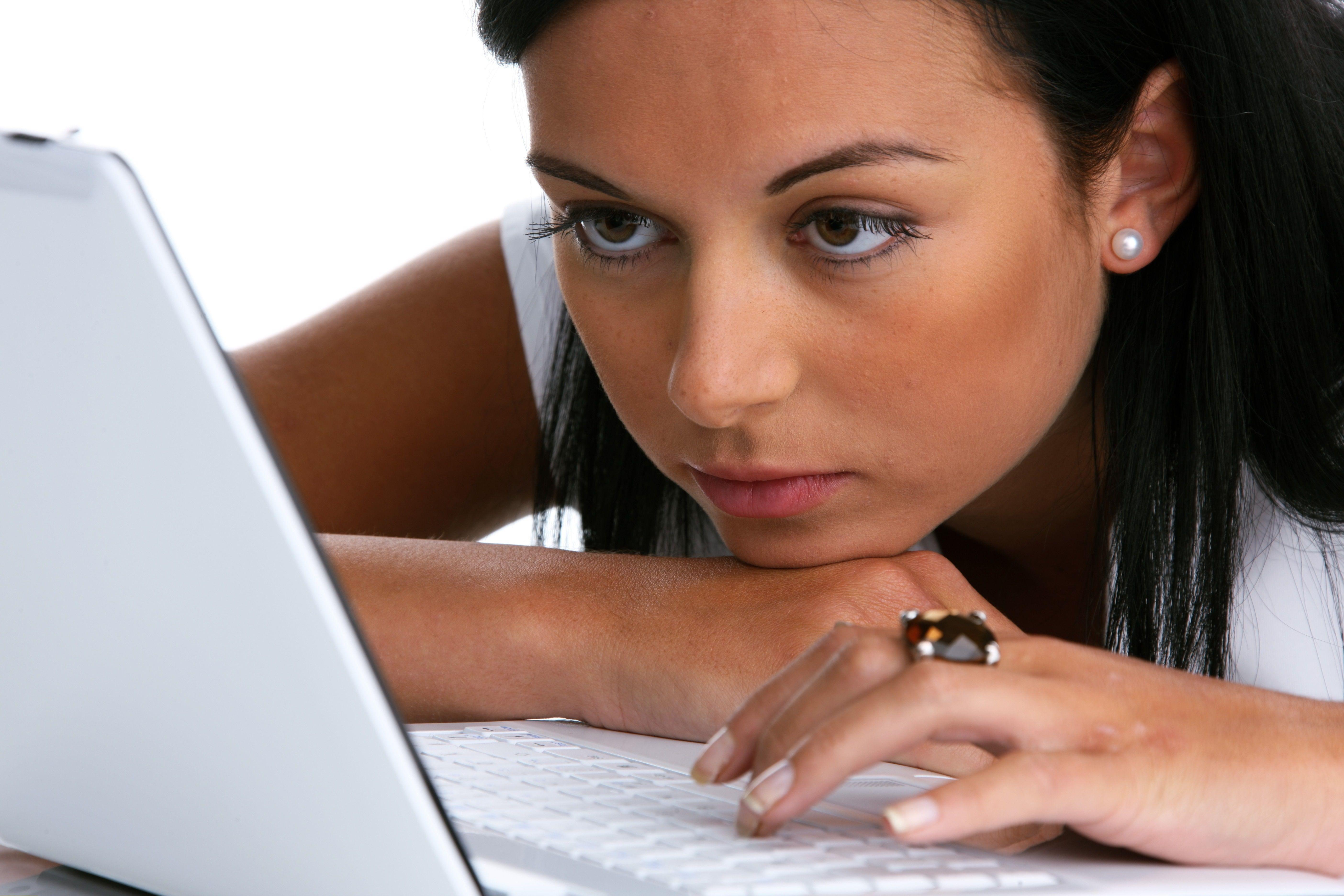 beste dating achtergrond te controleren opening lines voor dating online