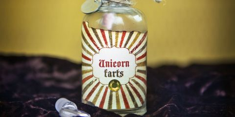 Fluid, Liquid, Bottle, Glass bottle, Logo, Distilled beverage, Alcoholic beverage, Bottle cap, Label, Solution,