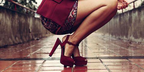 Leg, Brown, High heels, Human leg, Red, Joint, Sandal, Fashion accessory, Foot, Basic pump,