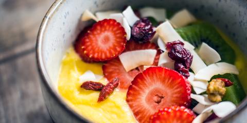 Food, Sweetness, Fruit, Natural foods, Tableware, Produce, Ingredient, Dishware, Serveware, Strawberry,