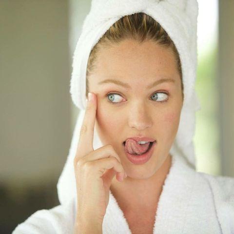Candice Swanepoel mooie huid make-up verwijderen