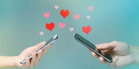 Twee mobieltjes match