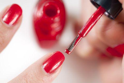 Welke-kleur-nagellak-draag-je-tijdens-een-sollicitatiegesprek?