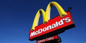 Gratis Big Mac Mcdonald S Deelt Big Mac S Uit Omdat Deze 50 Jaar