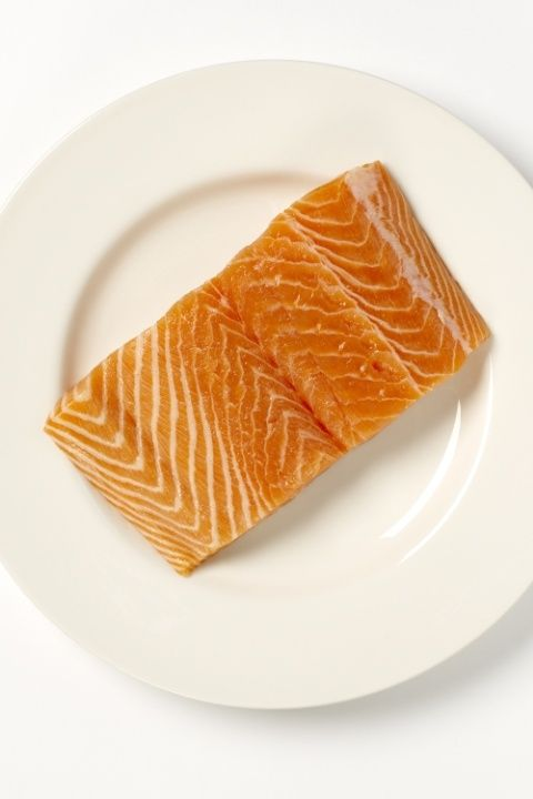 Food, Dishware, Ingredient, Orange, Cuisine, Plate, Serveware, Tableware, Peach, Dish,