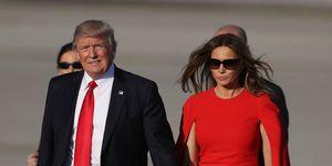 president-donald-trump-wil-de-hand-van-melania-niet-vasthouden
