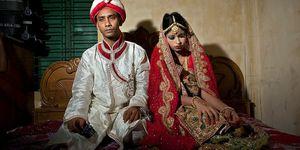 Kindhuwelijk in Bangladesh - man is 32, meisje is 15