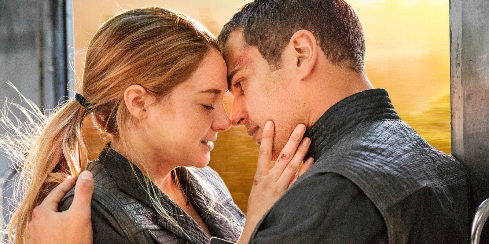 Divergent four under simulation dating