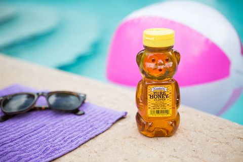 How To Treat a Sunburn Quickly - Sunburn Treatment and