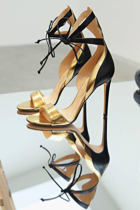 High heels, Tan, Sandal, Beige, Basic pump, Slingback, Natural material, Bridal shoe, Plywood,