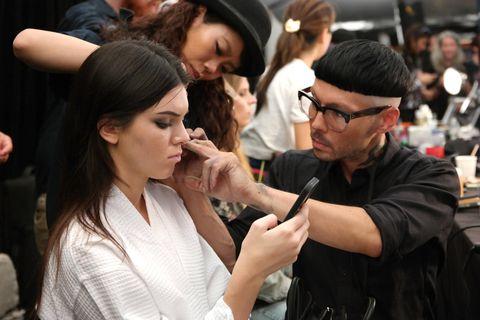 Kendall Jenner called out an upskirt photographer.