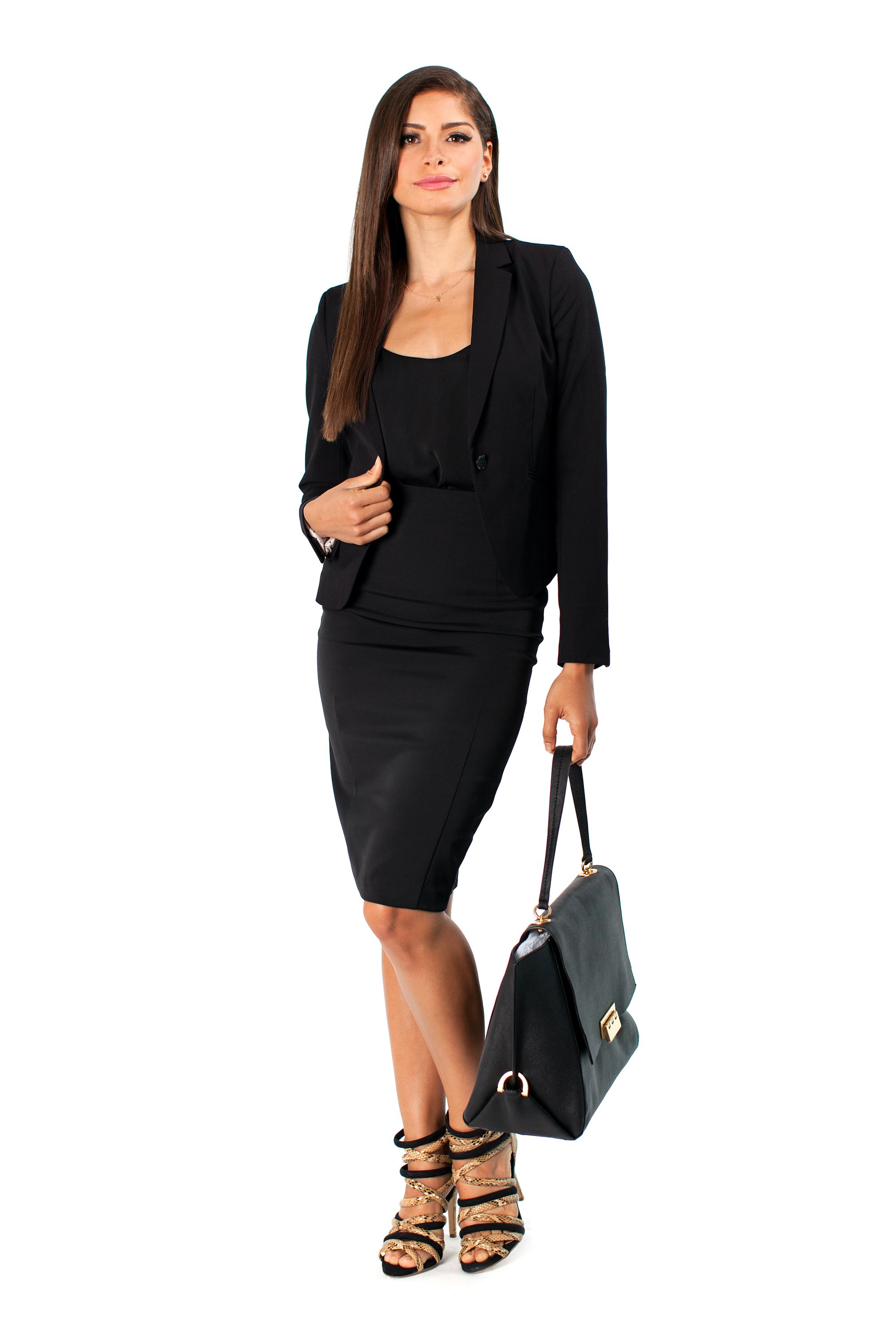 5e362db2dc3 5 Interview Outfits That ll Seal the Deal and Get You the Job