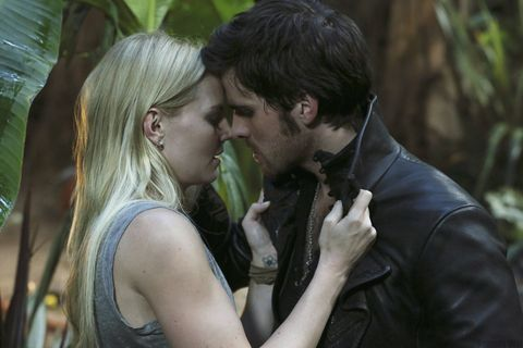 9 reasons to start watching once upon a time