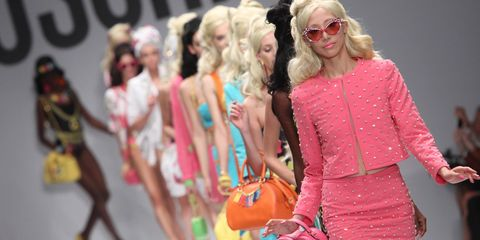 The new Moschino fashion show is AMAZING.