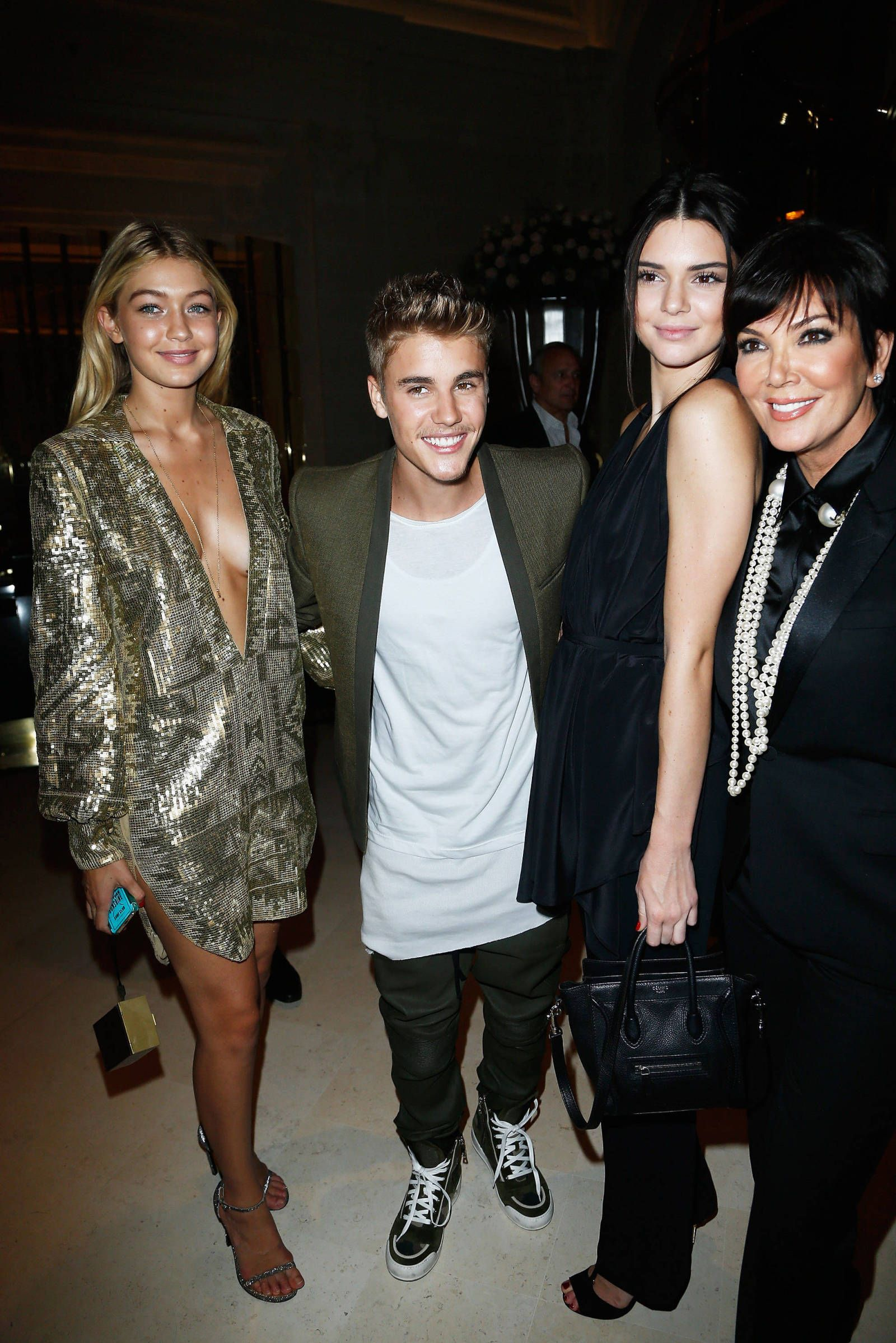 Is justin bieber dating kendall jenner