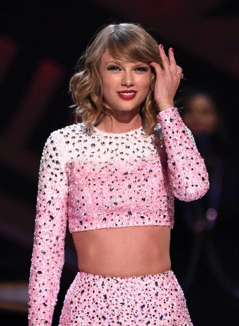 Taylor Swift Maybe Possibly Donated $4,000 To Help a Homeless Fan