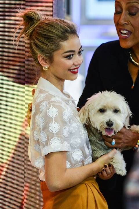 Sarah Hyland is see with her dog Barkley at <i>Good Morning America<i> at the ABC Times Square Studios on Oct.  21, 2014 in New York City.