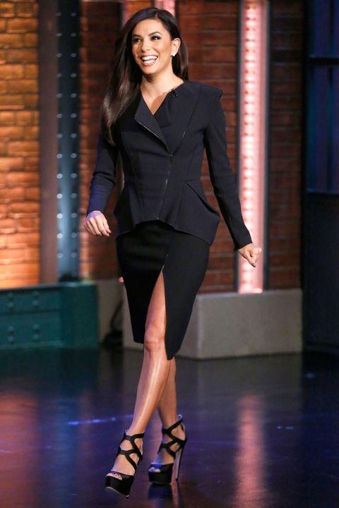 Sleeve, Human leg, Shoulder, High heels, Joint, Outerwear, Style, Formal wear, Knee, Sandal,