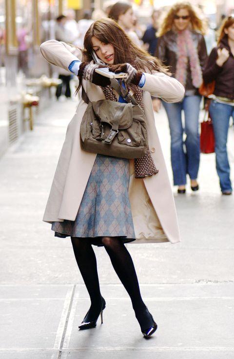 Clothing, Footwear, Leg, Trousers, Bag, Jeans, Textile, Shoe, Photograph, Winter,