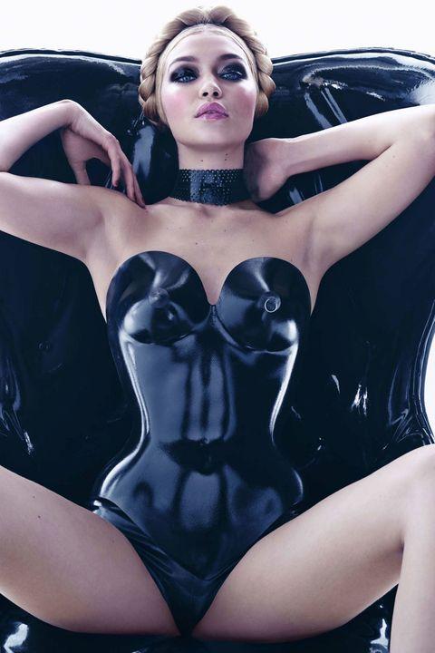 Lip, Fashion model, Beauty, Undergarment, Lingerie, Organ, Thigh, Eyelash, Black hair, Model,