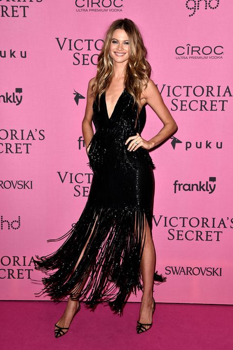 Human, Hairstyle, Dress, Shoulder, Style, Formal wear, High heels, Fashion model, One-piece garment, Cocktail dress,
