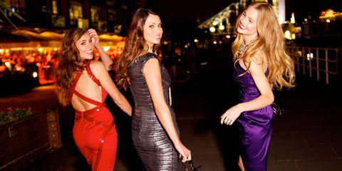 Smile, Dress, Cocktail dress, Brown hair, Flash photography, Long hair, Waist, Blond, Layered hair, Day dress,