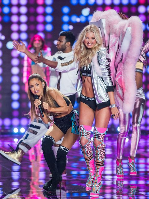 The Victoria's Secret Fashion Show Didn't Feature Ariana Grande Getting Hit in the Head by an Angel's Wings
