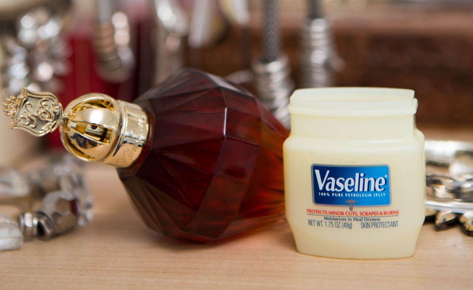 Parfum et vaseline