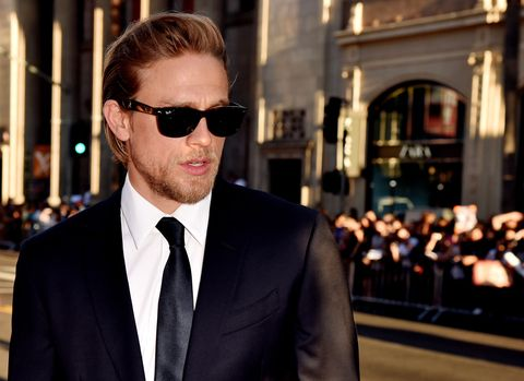 Clothing, Eyewear, Vision care, Glasses, Coat, Dress shirt, Collar, Shirt, Sunglasses, Suit,