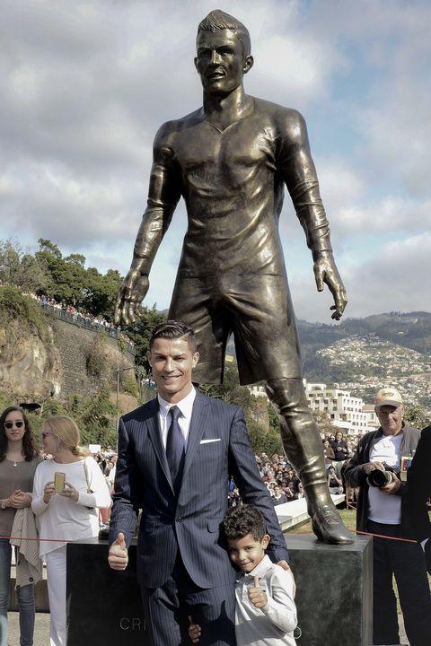Cristiano Ronaldos Official Statue Has A Huge Penis-5528