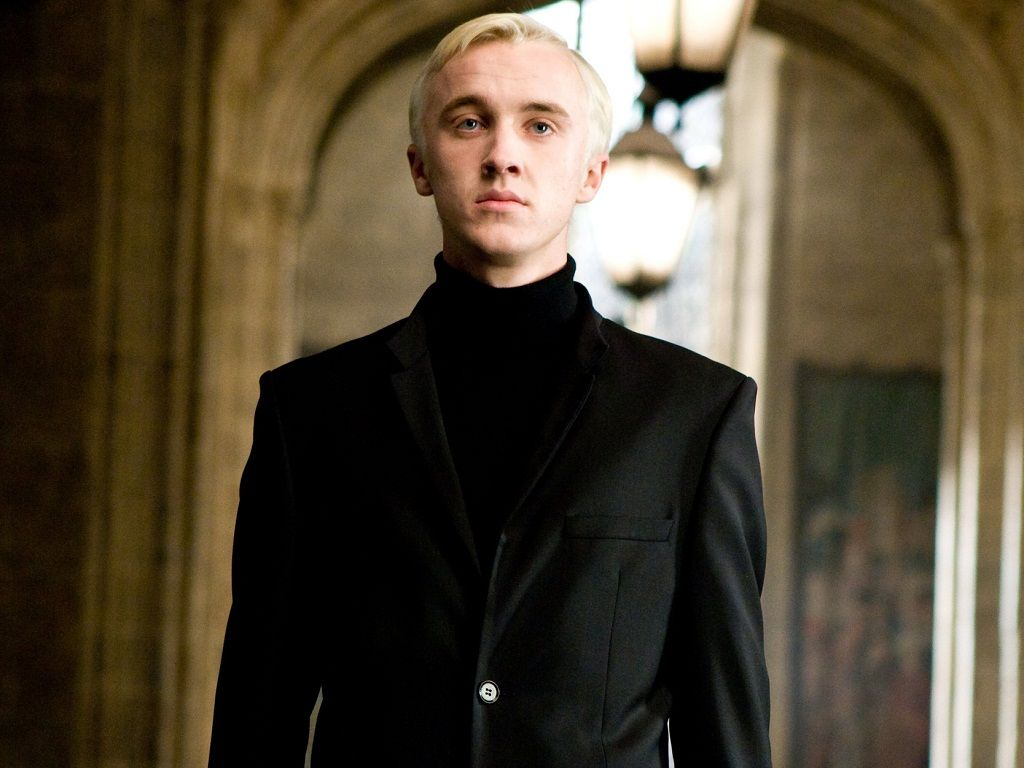 You'll never see Draco Malfoy in the same way after watching this deleted scene