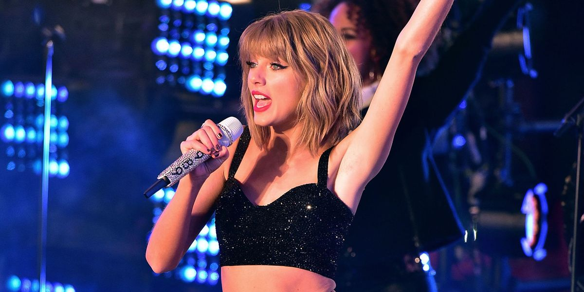 This Online Community Is Obsessed With Taylor Swift S Armpits