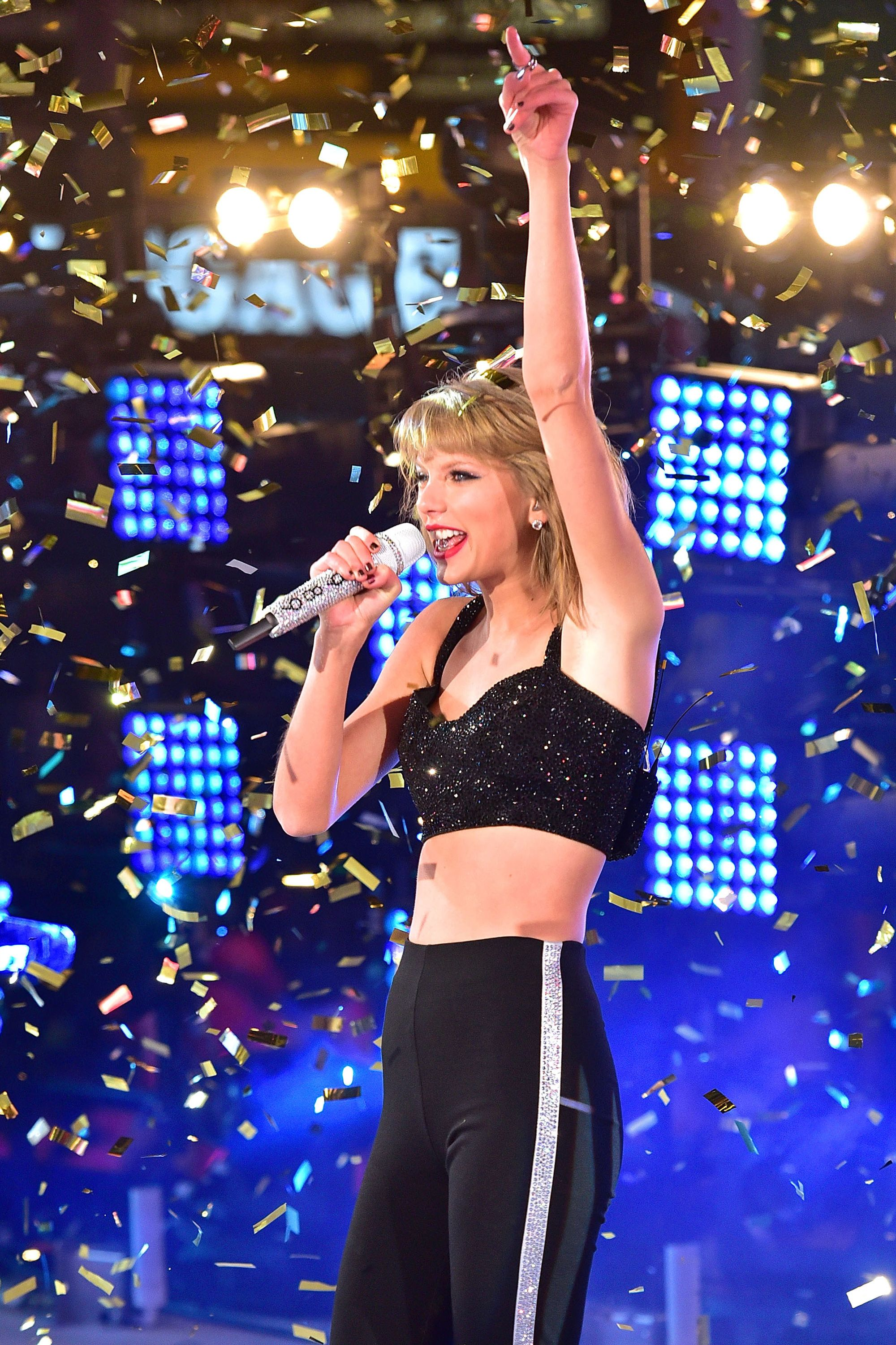 Taylor Swift performs during New Year's Eve 2015 in Times Square on Dec. 31, 2014.