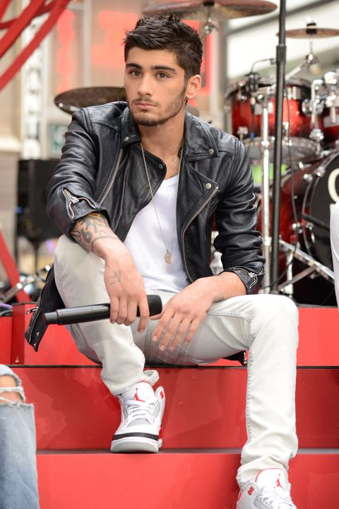 Jacket, Drum, Shoe, Outerwear, Musician, Membranophone, Percussion, Musical instrument, Pop music, Music artist,