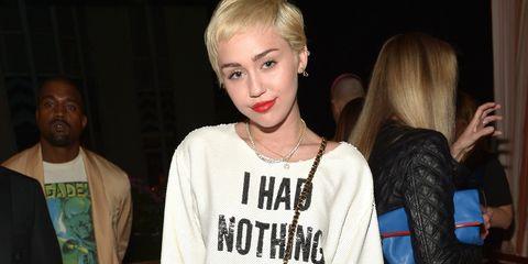 Face, Head, Hairstyle, Jewellery, Eyelash, Style, Necklace, Fashion, Beauty, Blond,