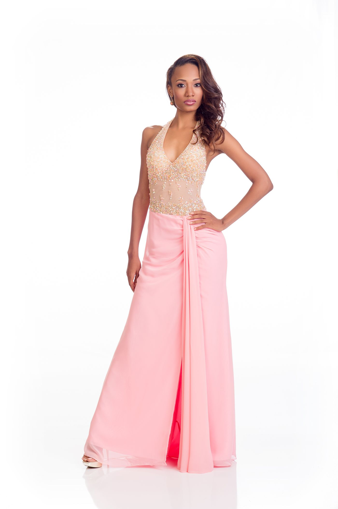 33 Gloriously Glamorous Miss Universe Evening Gowns