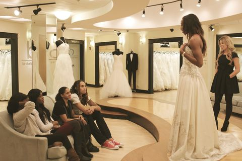 """Britney Griner, Glory Johnson appear on """"Say Yes to the Dress"""""""