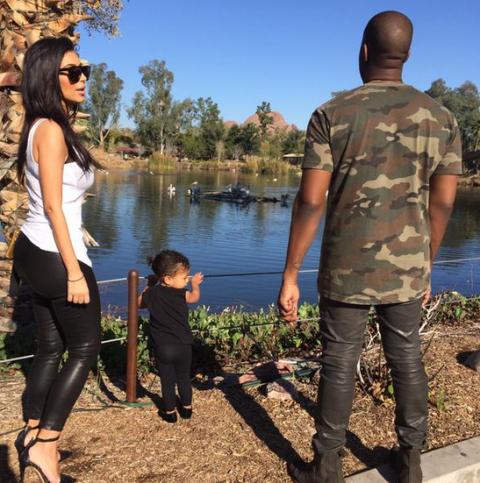Kardashians at the zoo