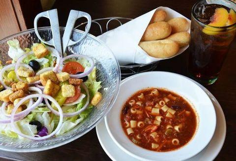image facebook olive garden - Olive Garden Host Pay